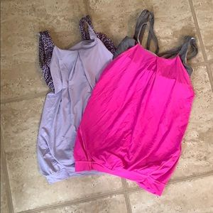 Lot of 2 Lululemon Tanks: excellent condition.